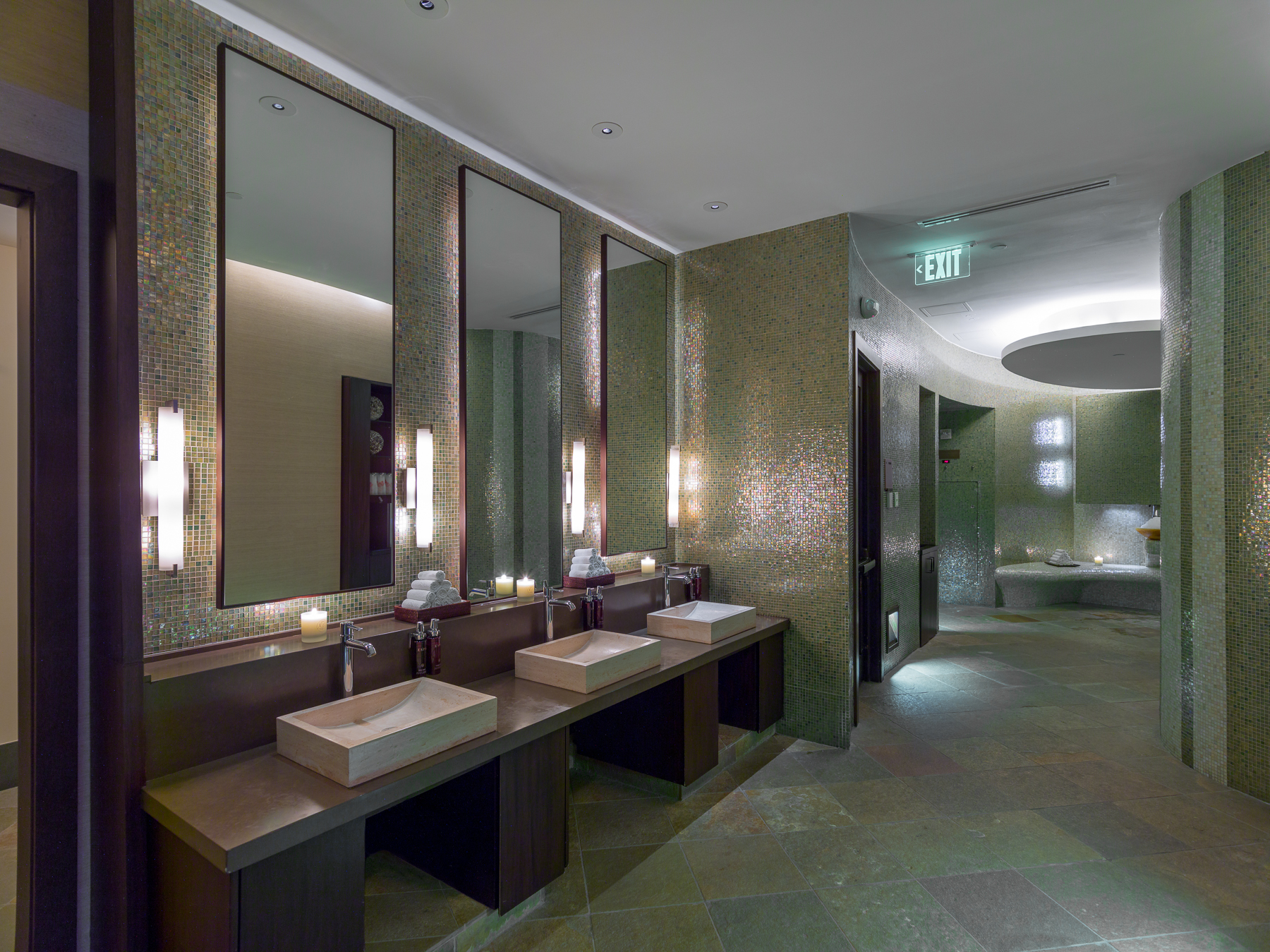 acqualina spa bathrooms