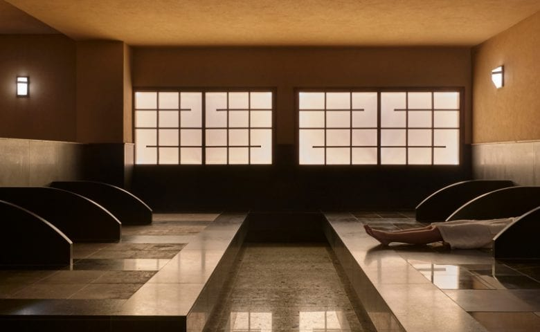 Indoor treatment room