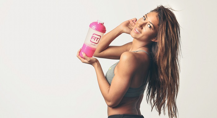 karina elle prends du pre workout pour femme