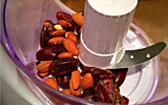 date and almond protein rounds
