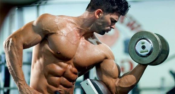Sergi Constance biceps