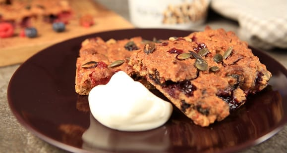 Healthy Breakfast Ideas | Super Berries Tray Bake Recipe | Myprotein Video