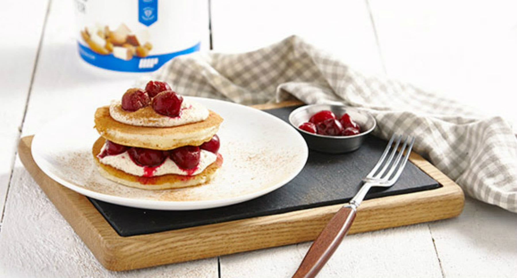 cherry bakewell protein pancakes 1800