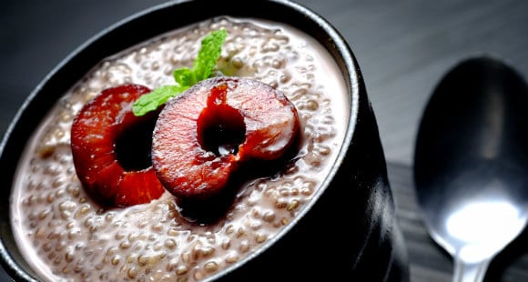 Chocolate Cherry Chia Seed Pudding | Healthy Dessert