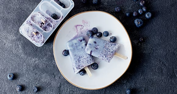 Blueberry Cheesecake Protein Ice Lollies