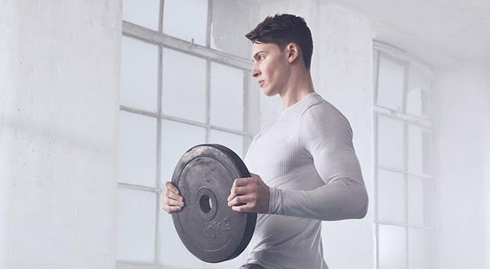 4 Best Rear Delt Exercises For Stronger Shoulders