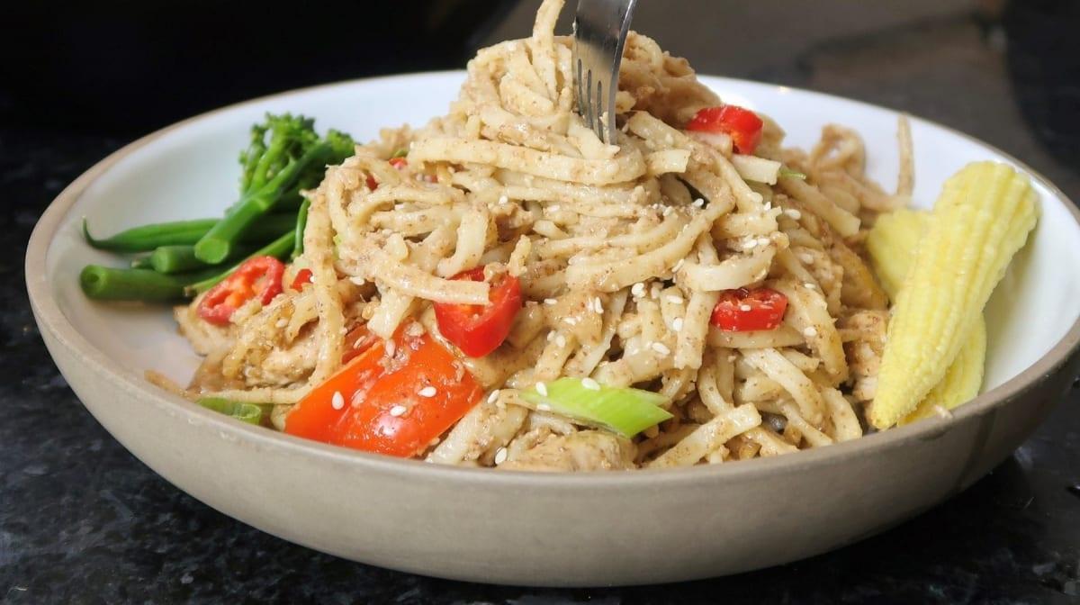 Tasty Peanut Chicken Noodles | Quick & Healthy Chicken Recipe