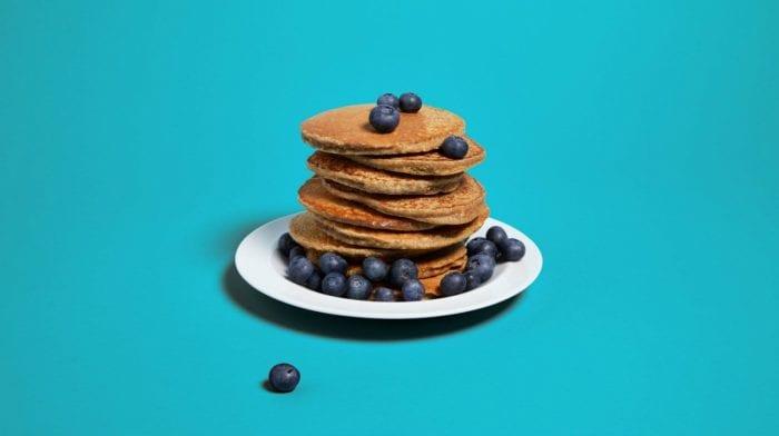 4-Ingredient Foolproof Banana Protein Pancakes