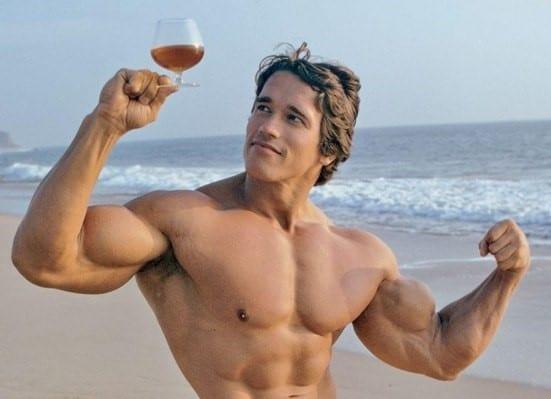 alkohol és az izomépítés és testépítés