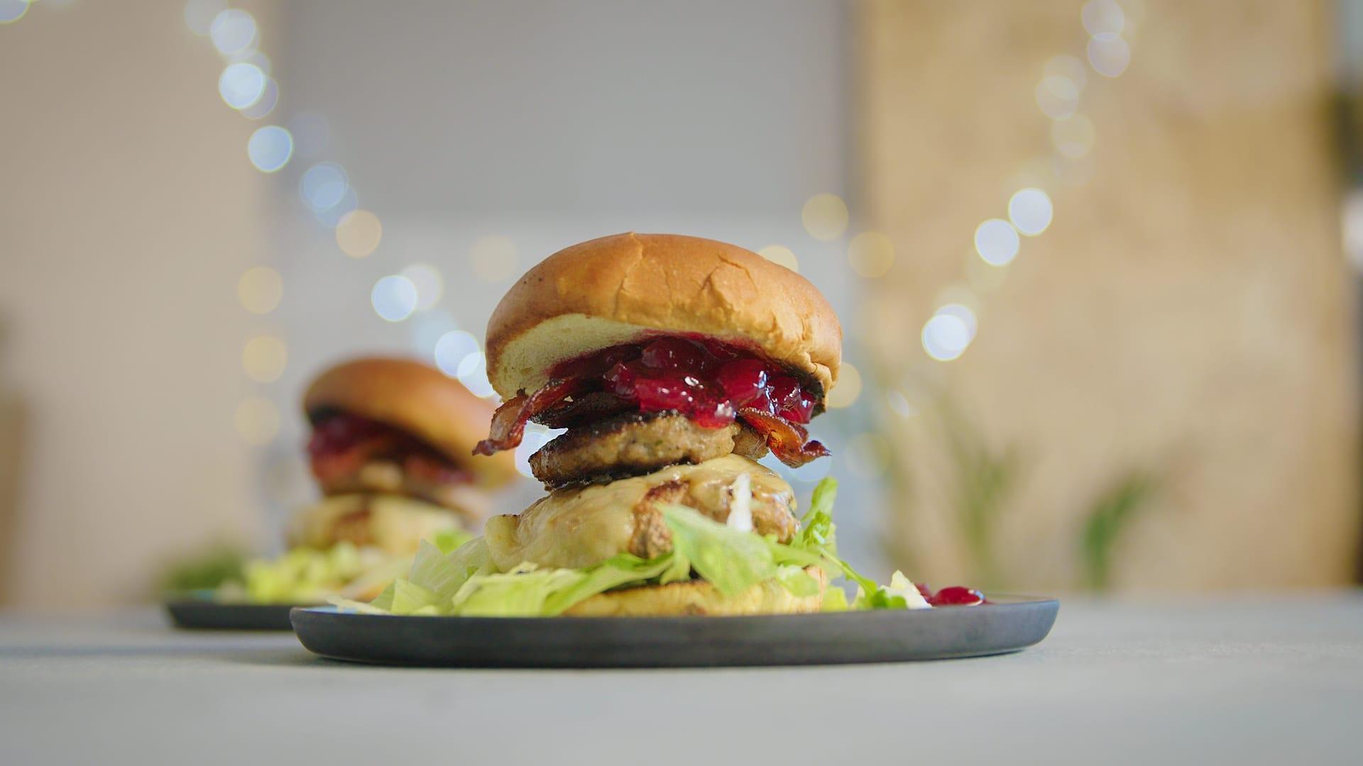 A végső karácsonyi burger torony | recept