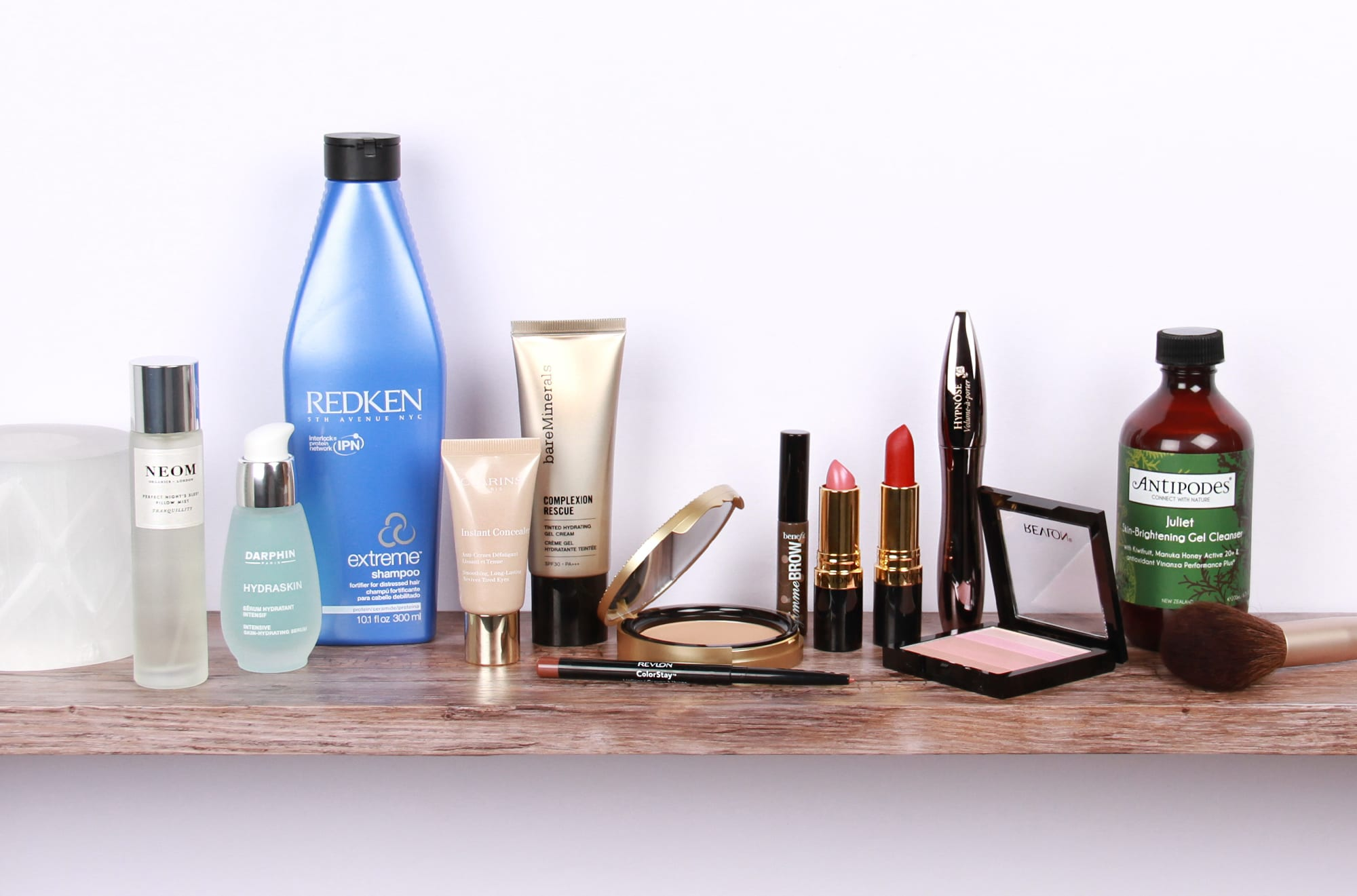 Beauty Shelfie: Zoe Newlove, Blogger