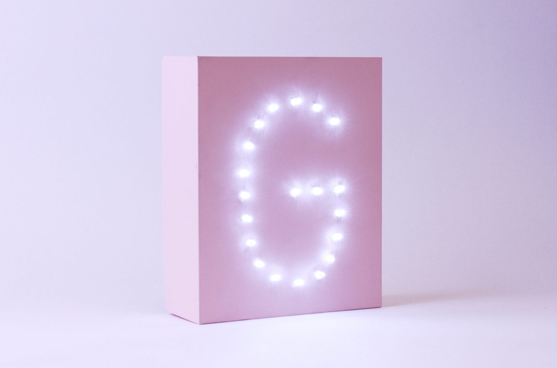 Upscale Your GLOSSYBOX Into A Personalised Letter Light