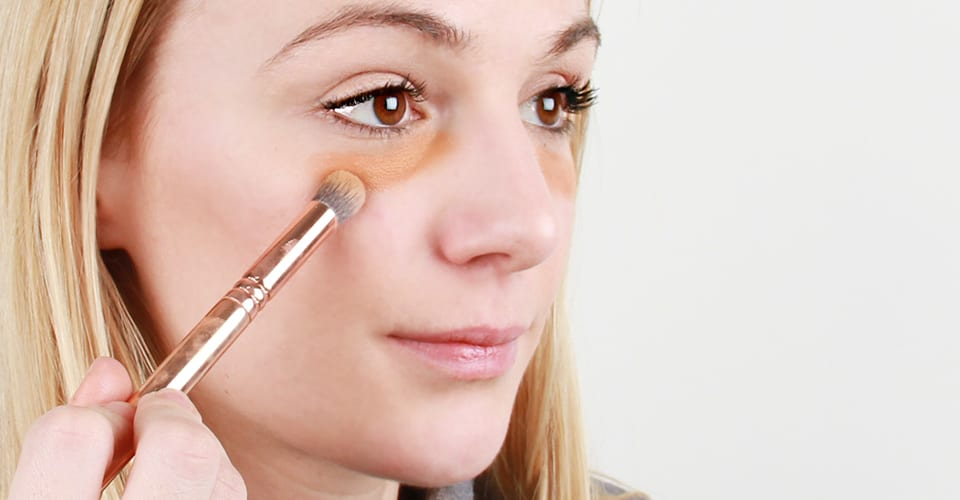 how-to-apply-concealer-4
