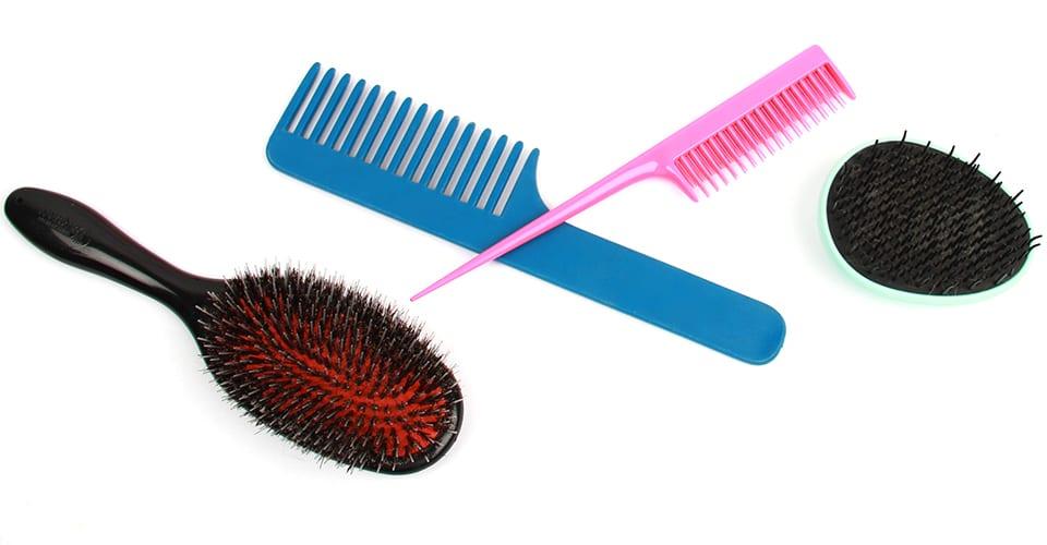 how-to-brush-your-hair-choose-the-righ-brush
