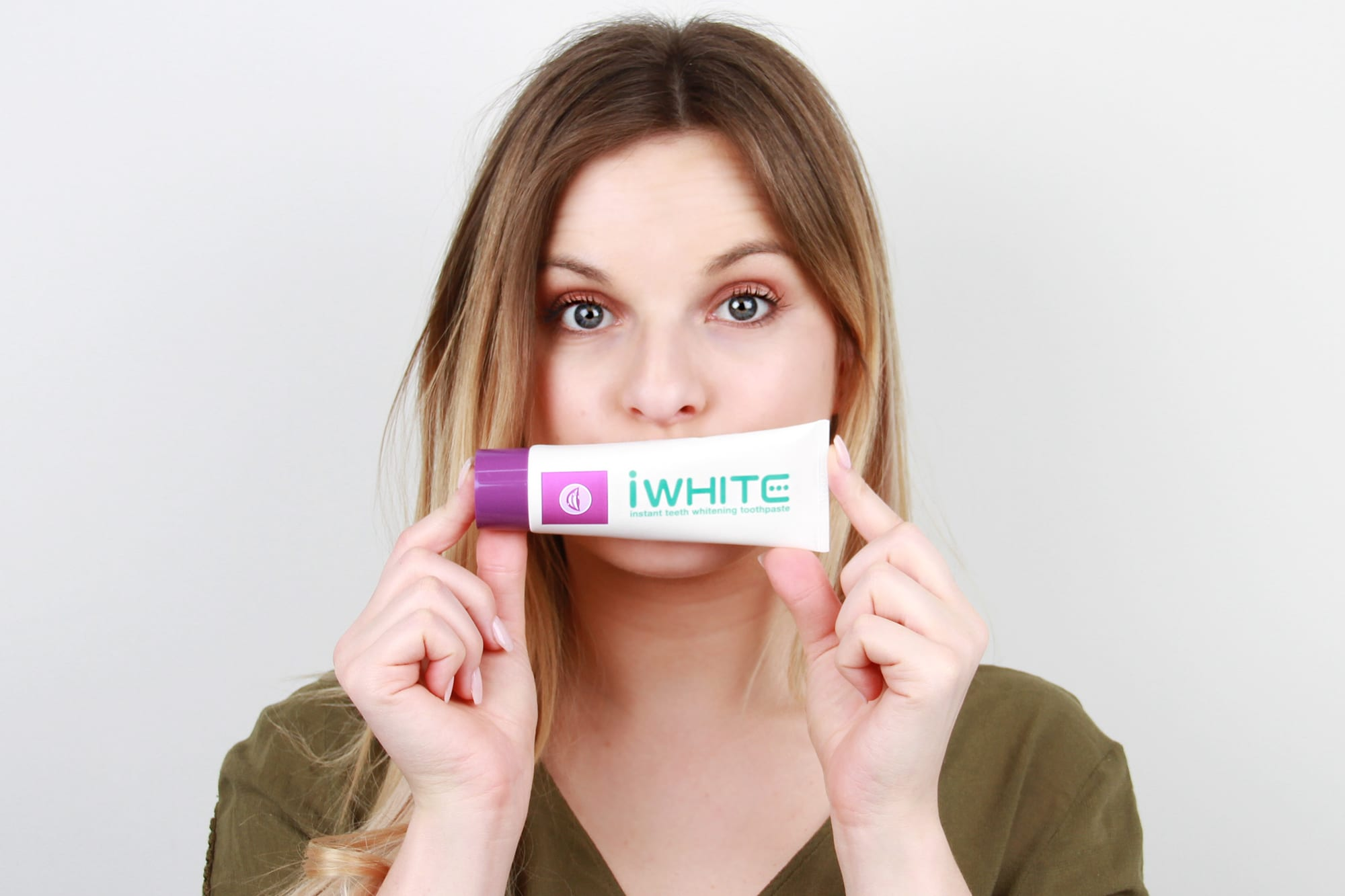 Extreme Beauty Testing: Whitening Toothpaste
