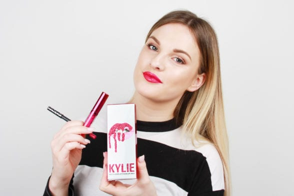 Extreme Beauty Testing: Kylie Lip Kits