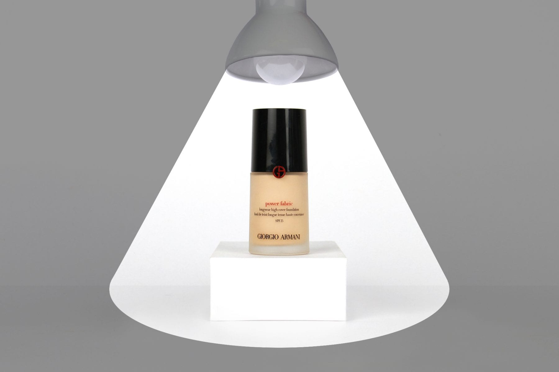In The Spotlight: Giorgio Armani Power Fabric Foundation