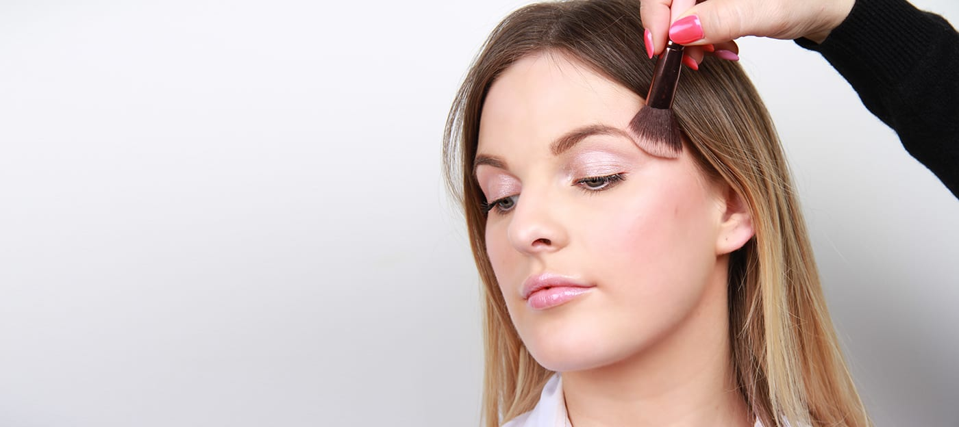 Beauty School: Five Ways To Apply Blusher