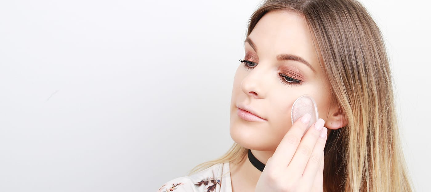 Beauty School: How To Use A Silicone Sponge