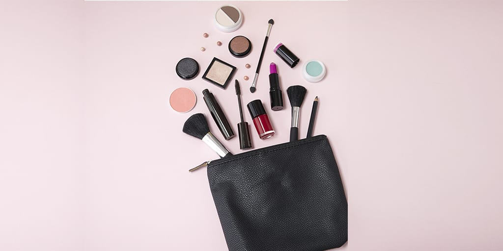 5 Simple Steps to Detox Your Makeup Bag