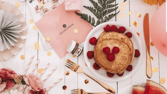 How to: Create The Perfect Instagram Flat Lay