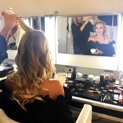 New Icons Edition: Leonie Hanne im Beauty-Talk über Pannen und Schokolade