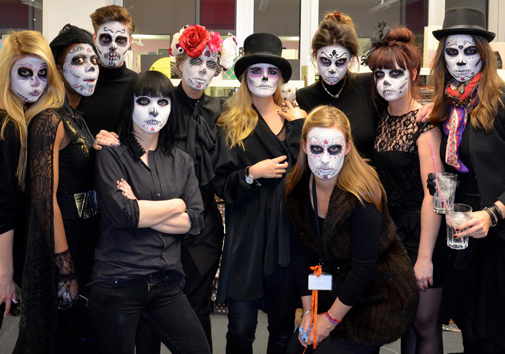 GLOSSYween_Team