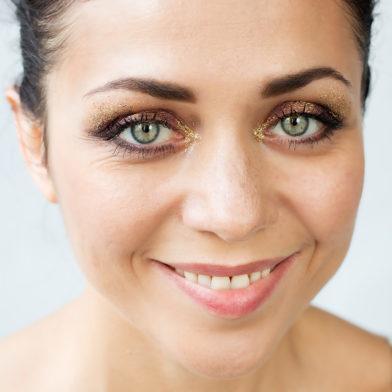 Glitzer-Make-up: Das Tutorial für deine Silvesterparty