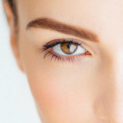 Hallo perfekte Augenbrauen! So mogelst du sie dir schön dicht