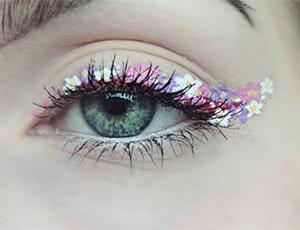 Dieser Hashtag auf Instagram zeigt den aktuell schönsten Make-up-Trend