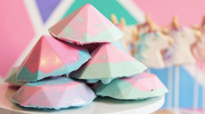 Cake Gems – diese pinken Edelsteine kannst du vernaschen