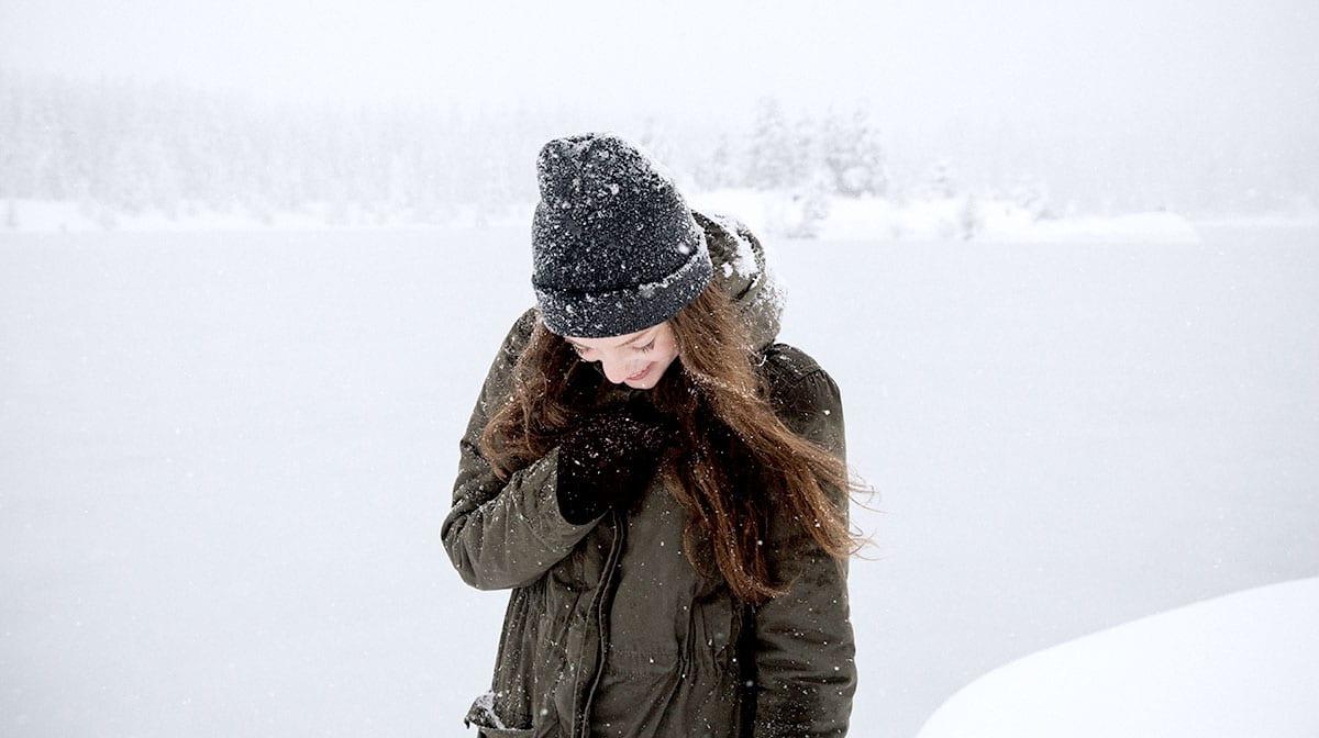 Cool Care: So stellst du deine Pflegeroutine auf Winter um
