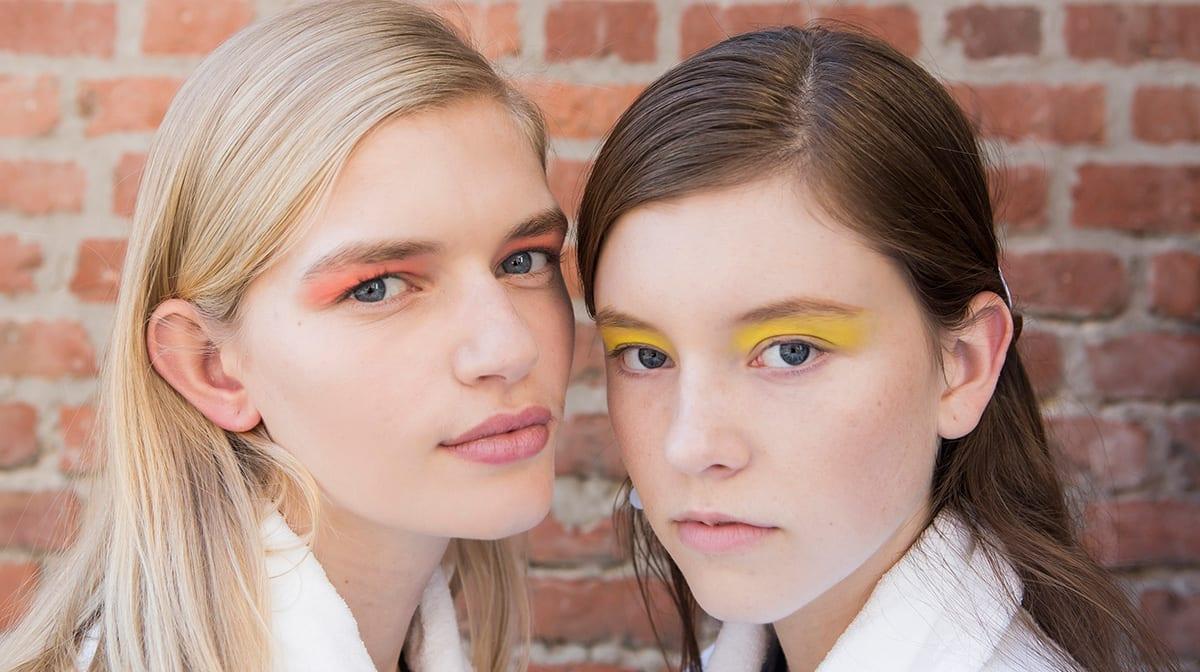 Treib es bunt … mit diesen Make-up-Looks auf deinen Augenlidern