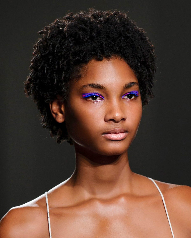 Rahul-Mishra-Anna-Sui-Missoni-Tracy-Reese_Augen-Make-up-Looks