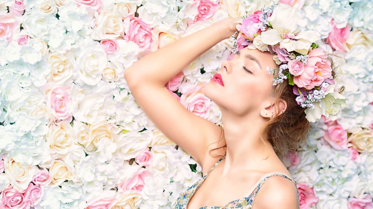 #flowerpower: Du hast die Blumen? Wir die Inspo für deine Flowerwall!
