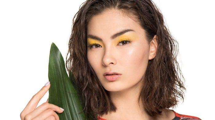 GLOSSY Tutorial: Den Farben des Dschungels so nah dank Yellow Eyeshadow