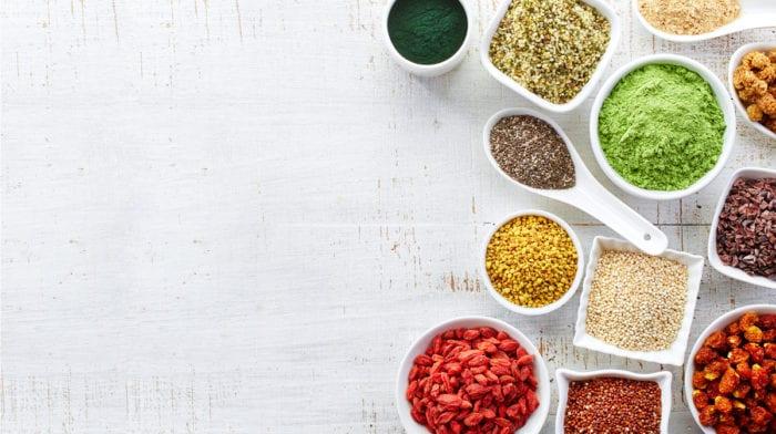 Im GLOSSY-Check: Das können Superfood-Pulver wirklich