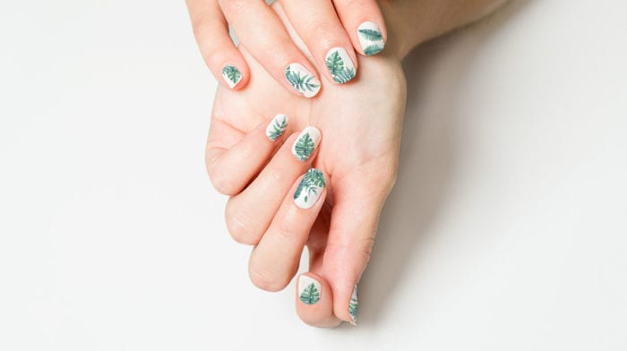 Welcome to the Jungle: So machst du dein tropisches Naildesign selbst