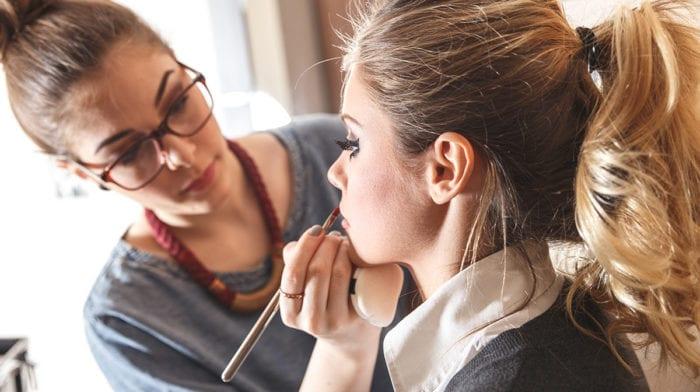 Traumberuf Make-up-Artist: Das steckt wirklich hinter der begehrten Ausbildung