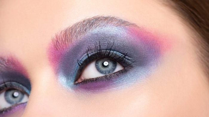 GLOSSY Tutorial: Dieses Augen-Make-up ist so deep wie das Meer