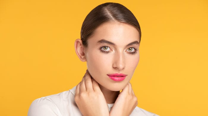GLOSSY Tutorial: In 4 Schritten zum Augen-Make-up à la Twiggy