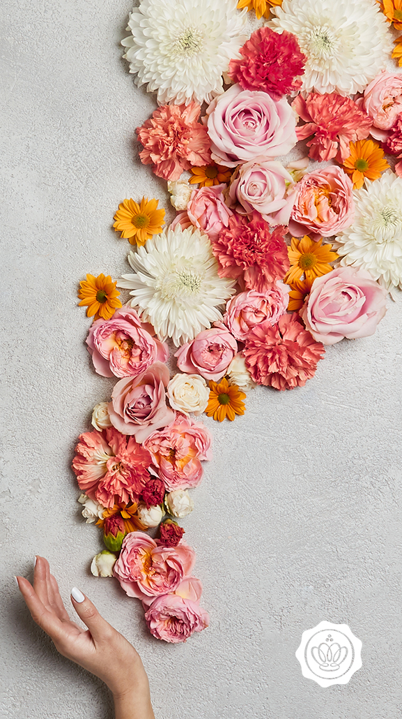 GLOSSY Wallpaper Flower Wall