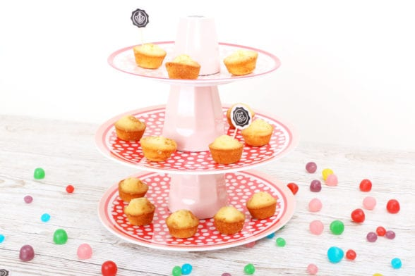 DIY Présentoir à cupcakes / Rangement Makeup