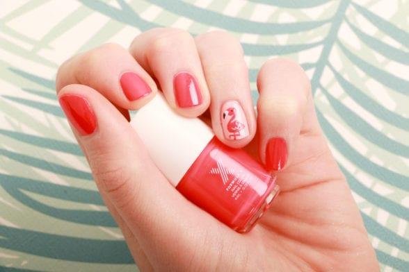 Tuto : un nail art flamingo