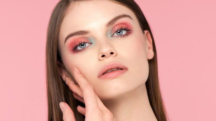 Tutoriel Glossy – Peach eyes, un look qui va à tout le monde !