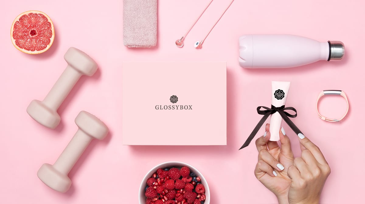 "Sneak Peek ""Strong & Beautiful"" - la GLOSSYBOX de janvier"
