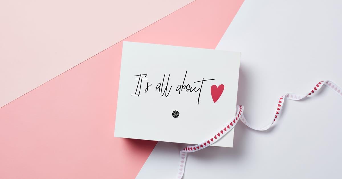 """""""It's All About Love"""" dans votre GLOSSYBOX de février"""