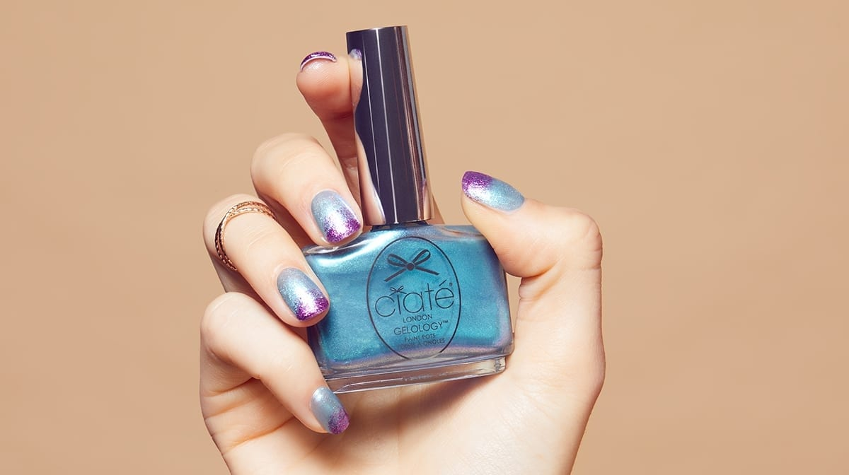 GLOSSY Tutoriel – sur nos ongles en juin !