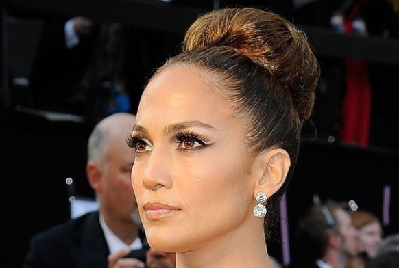 Get the J-Lo look using Human Fundamentalism