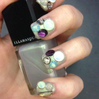 Samantha's Mid-Week Inspiration: Sacred Stone Nails
